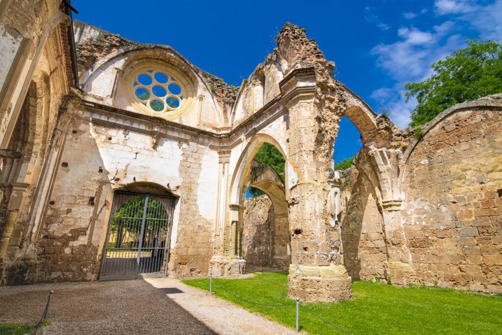 monasterio de piedra nuevalos zaragoza visita guiada monasterio de piedra excursiones guiadas monasterio de piedra zaragoza
